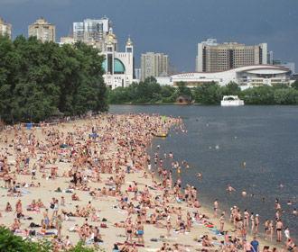 Купаться не рекомендуют на всех пляжах Киева