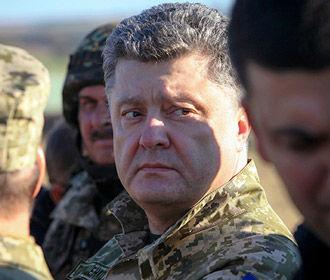 Порошенко:если бы не выборы, возможно, мы бы просили Раду продлить военное положение