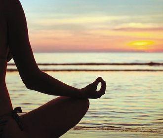 Йога поможет людям с ревматоидным артритом