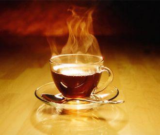 Специалисты запретили сочетать алкоголь и горячий чай