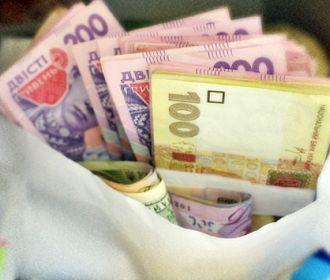 На Украине резко выросли долги по заработной плате