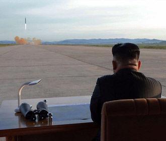 КНДР запустила две ракеты в сторону Японского моря