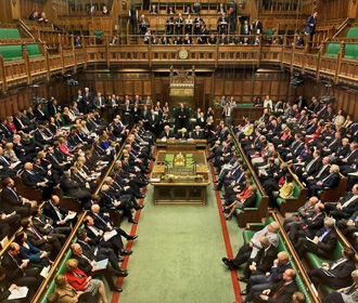 Парламент Британии призвал совместно противостоять вмешательству России