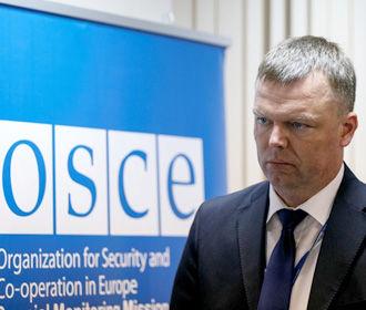Хуг уходит в отставку и заявляет об отсутствие изменений ситуации с безопасностью на Донбассе с 2014