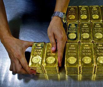 Польша вывезла из Британии 100 тонн своего золота