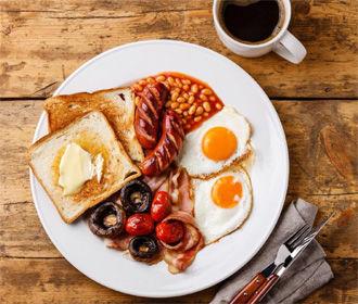 Детям и подросткам ни в коем случае нельзя пропускать завтрак