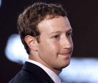 Цукерберг считает, что РФ продолжит распространять фейки в Facebook для влияния на выборы