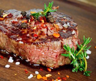 Красное мясо признано самым опасным в мире продуктом
