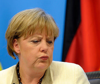 Меркель предлагает продлить санкции против России