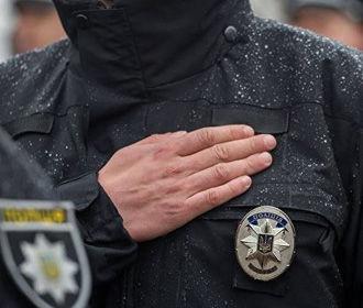 За взятку будут судить двух столичных полицейских