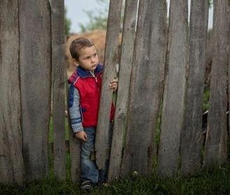 В Украине в этом году у родителей уже отобрали 44 ребенка