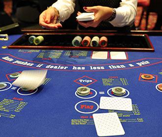 Монашки проиграли чужие полмиллиона долларов в казино
