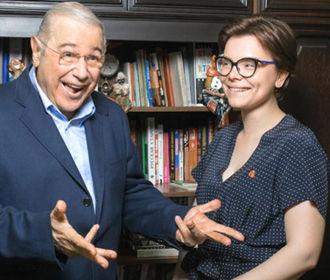 Молодая помощница Петросяна беременна от юмориста - СМИ