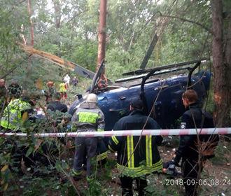 В Киеве на Трухановом острове разбился вертолет