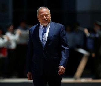 Министр обороны Израиля обвинил правительство в капитуляции перед террористами и ушел в отставку