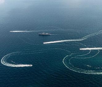 Украина снова отправит военные корабли через Керченский пролив - Турчинов