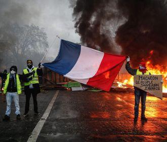 """Минфин Франции сообщил о снижении роста экономики страны из-за протестов """"желтых жилетов"""""""