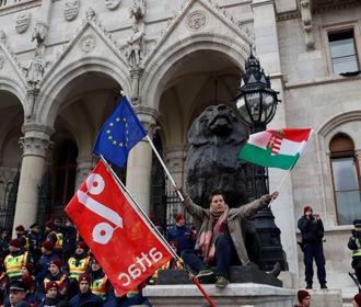 В ЕС обеспокоены событиями в Венгрии