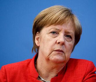Меркель провела телефонный разговор с Зеленским