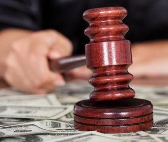 Зеленский обещает представить план по преодолению коррупции в судах