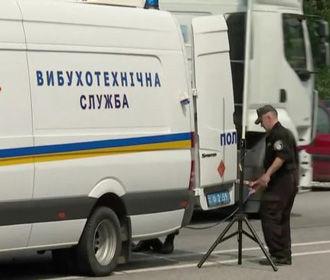 На киевском рынке взрывотехники обезвредили два самодельных взрывных устройства