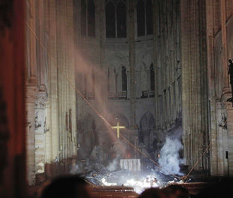Собор Парижской Богоматери может закрыться на шесть лет – настоятель