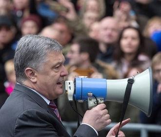 У Порошенко хотят отказаться от сцены во время дебатов