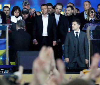 Порошенко позвонил Зеленскому и поздравил его с победой