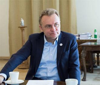 Мэру Львова вручили подозрение о злоупотреблении властью