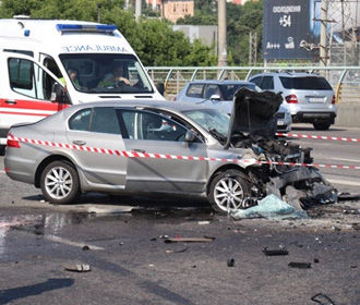 За первое полугодие на дорогах в Украине погибли более 1300 человек