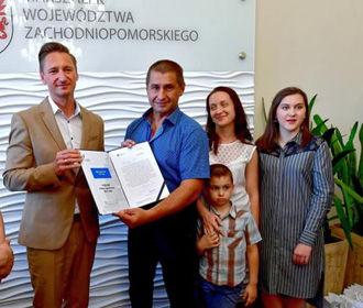 В Польше наградили украинца, который спасал людей во время масштабного ДТП