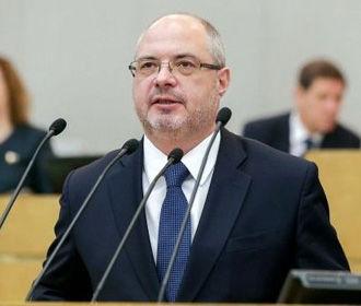 Российский депутат объяснил, почему сел в кресло спикера грузинского парламента
