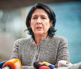 Президент Грузии отложила визит в Украину по просьбе Киева