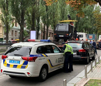 В Киеве начали эвакуировать неправильно припаркованные машины, - Кличко