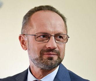 Зеленский уволил Безсмертного с должности представителя Украины в политической подгруппе ТКГ