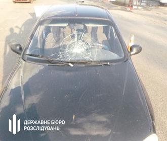 Пьяный полицейский на машине сбил женщину