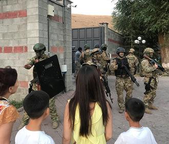 Начался третий штурм резиденции Атамбаева