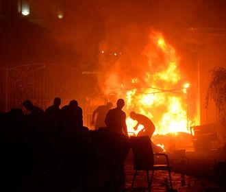 Парламент Киргизии призвал ввести в стране чрезвычайное положение
