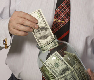 Налоговикам хотят предоставить доступ к банковской тайне
