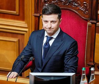 Первые шаги Зеленского и команды позитивно оценивают 62% украинцев – опрос