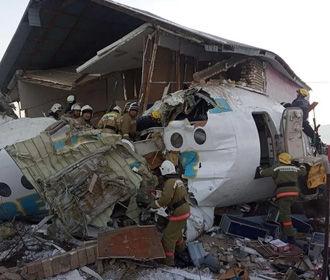 При крушении самолета в Казахстане пострадали двое украинцев