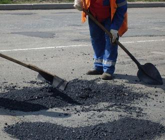 ВР разрешила увеличить местные заимствования на ремонт дорог