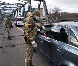 Украина не будет закрывать границы из-за коронавируса