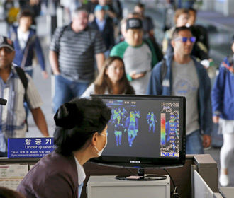 Китай ослабляет ограничения для путешественников из Европы