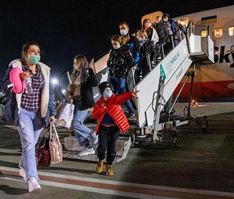 Все украинцы, прилетевшие с о.Бали, отправлены на обсервацию
