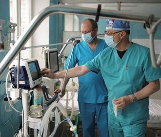 В Украине на COVID-19 заболело уже 2854 медиков