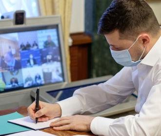 Зеленский одобрил персональную обработку данных больных СOVID-19 без их согласия