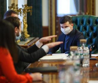 Зеленский объяснил, почему Украина не разрабатывает свою вакцину от COVID-19