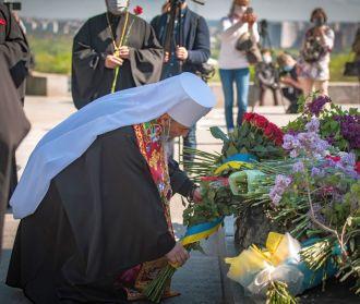 Митрополит Онуфрий возглавил панихиду в столичном парке Славы в 75-ю годовщину Победы