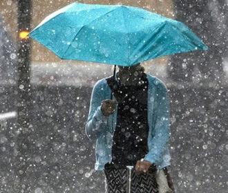 Дожди с грозами ожидаются в западных, северных и центральных областях